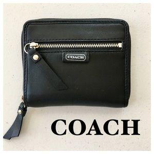 COACH Black Leather Zip Around Small Wallet, EUC
